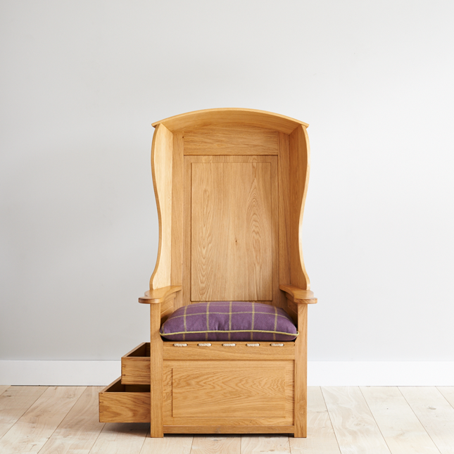 Lambing chair front view